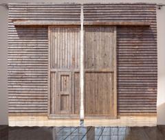 Ahşap Kapı ve Duvar Fon Perde Dekoratif
