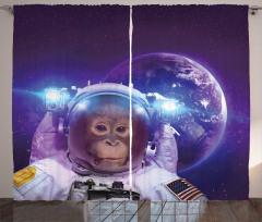 Astronot Maymun ve Dünya Fon Perde Uzay Çağı
