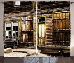 Ahşap Kapılı Eski Ev Fon Perde Kahverengi