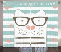 Gözlüklü Şirin Kedi Fon Perde Çizgili Kalpli