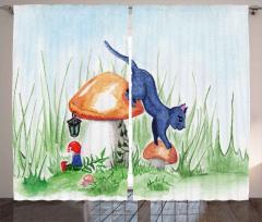 Büyük Mantarlar ve Kedi Fon Perde Dekoratif
