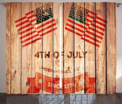 Bulutlar ve ABD Bayrağı Fon Perde Dört Temmuz