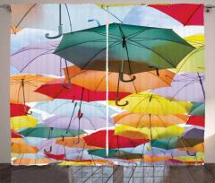 Rengarenk Şemsiyeler Temalı Fon Perde Şık Tasarım