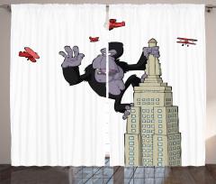 Gökdelendeki Goril Desenli Fon Perde Uçaklar