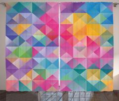 Rengarenk Üçgen ve Kareler Fon Perde Geometrik