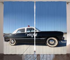 Nostaljik Polis Arabası Fon Perde Siyah Beyaz