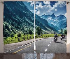 Alpler'de Motosikletli Yolculuk Fon Perde Bulutlar