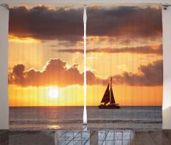 Gün Batımındaki Yelkenli Fon Perde Bulut Deniz