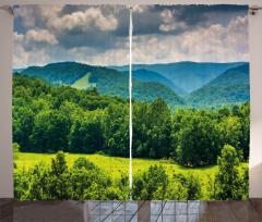 Yeşil Dağlar ve Gökyüzü Fon Perde Orman Bulut