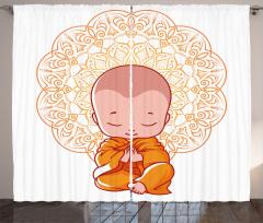 Meditasyon Yapan Minik Keşiş Fon Perde Turuncu