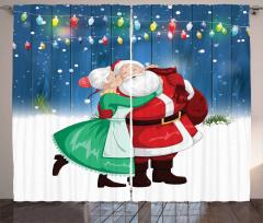 Noel Baba ve Kız Fon Perde Nostaljik Kırmızı Mavi