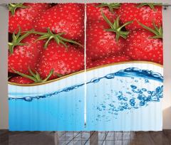 Çilek ve Su Desenli Fon Perde Kırmızı Mavi Şık