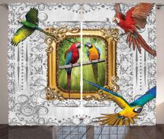 Yeşil Kırmızı Papağan Fon Perde Nostaljik Şık
