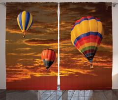 Havada Uçan Balonlar Fon Perde Kahverengi Gökyüzü