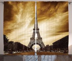 Eyfel Kulesi ve Paris Fon Perde Kahverengi Gökyüzü