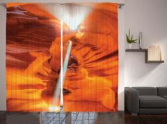 Kanyon Manzaralı Fon Perde Turuncu Yansıyan Işık