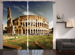 Kolezyum ve Gökyüzü Manzaralı Fon Perde Roma