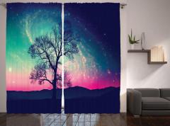 Uzay Temalı Fon Perde Ağaç ve Rengarenk Gökyüzü