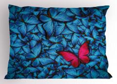 Mavi ve Kırmızı Kelebek Desenli Yastık Kılıfı Çeyizlik
