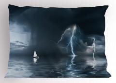 Yıldırım ve Yelkenli Yastık Kılıfı Fırtınalı