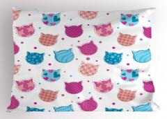 Rengarenk Kedi Temalı Yastık Kılıfı Şık Tasarım Beyaz