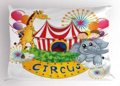 Sirkte Zürafa ve Fil Yastık Kılıfı Rengarenk