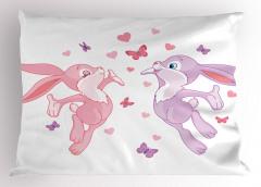 Tavşanlar ve Kelebekler Yastık Kılıfı Tavşanlar ve Kelebekler