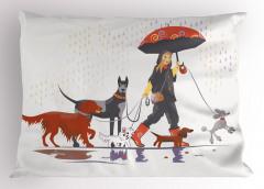 Köpeklerle Gezinti Yastık Kılıfı Yağmurlu gün