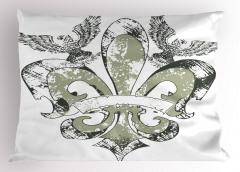 Kartallı Zambak Desenli Yastık Kılıfı Nostaljik