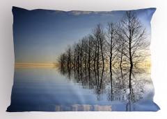 Ağaçlar ve Göl Yastık Kılıfı Ağaçlar Göl Mavi Siyah