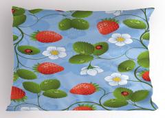 Çilek Desenli Yastık Kılıfı Çilek Desenli Kırmızı Beyaz