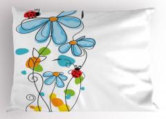 Çiçek ve Uğur Böceği Yastık Kılıfı Çeyizlik Şık Mavi Beyaz