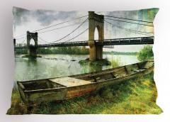 Nehirdeki Tarihi Köprü Yastık Kılıfı Nehir Kenarı
