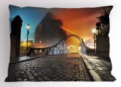 Romantik Yürüyüş Yolu Yastık Kılıfı Otantik Köprü