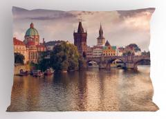 Nehir ve Köprü Yastık Kılıfı Nehir Kıyısı Gotik