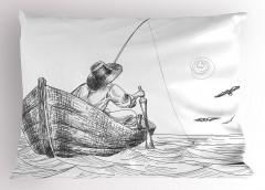 Şık Balıkçı ve Tekne Desenli Yastık Kılıfı Siyah Beyaz