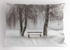 Kar ve Ağaç Yastık Kılıfı Doğa Ağaçlar Beyaz
