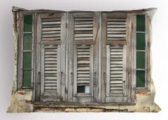 Gri Pencereli Ev Yastık Kılıfı Şık Tasarım Ahşap