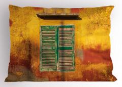 Yeşil Pencereli Bina Yastık Kılıfı Şık Nostaljik