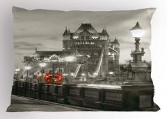 Londra Köprü Manzarası Yastık Kılıfı Antik Mimari Gri