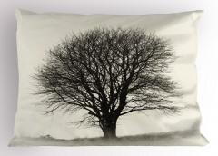 Yalnız Bir Ağaç Yastık Kılıfı Doğada Sonbahar Gri