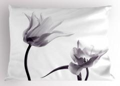 Gri Çiçek Desenli Yastık Kılıfı Şık Tasarım Beyaz Fon