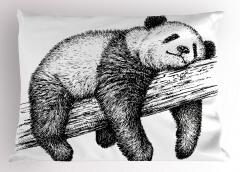 Ağaçta Uyuyan Panda Yastık Kılıfı Siyah Beyaz Şık