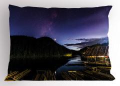 Nehirdeki Kulübe Yastık Kılıfı Doğa Yıldızlı Gökyüzü