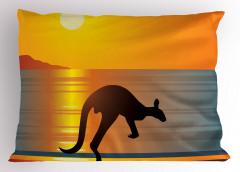 Sahildeki Kanguru Yastık Kılıfı Deniz Güneş Turuncu