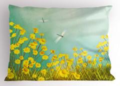 Çiçek ve Yusufçuk Yastık Kılıfı Papatyalar Yusufçuklar Sarı
