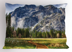Doğaya Kaçış Yastık Kılıfı Dağ Orman Yeşil Doğa