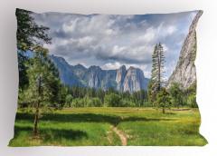 Dağ Köyü Yastık Kılıfı Dağ Manzarası Orman
