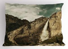 Şelale ve Dağ Yastık Kılıfı Dağ Doğa Kahverengi