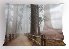 Sisli Orman Manzaralı Yastık Kılıfı Ağaç Kahverengi